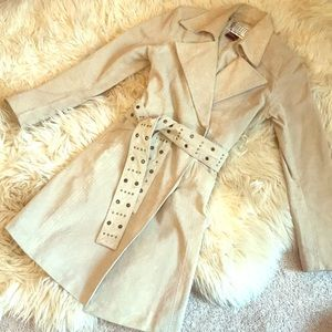 Vintage 1980/90's Light Tan Suede Trench Coat!